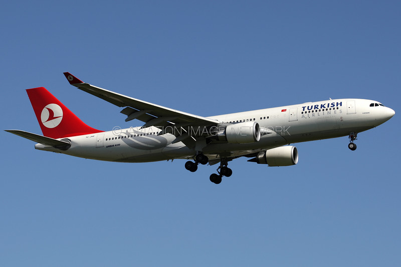 TC-JNE | Airbus A330-203 | Turkish Airlines
