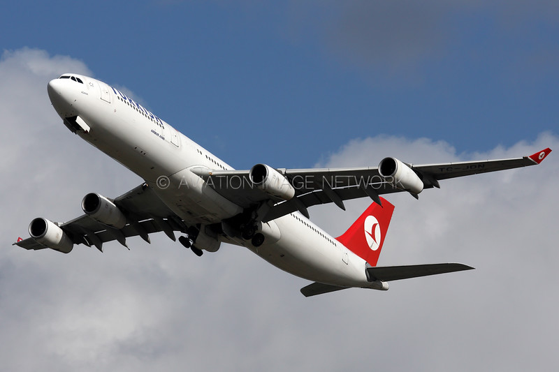 TC-JDN | Airbus A340-313 | Turkish Airlines
