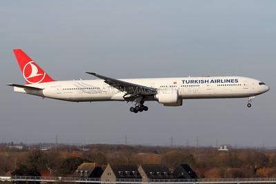 TC-JJI | Boeing 777-3F2/ER | Turkish Airlines