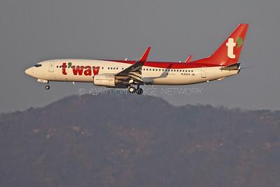 HL8324 | Boeing 737-8AS | T'way Air