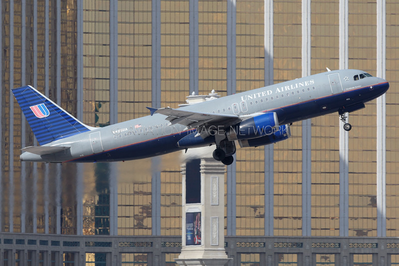 N425UA | Airbus A320-232 | United Airlines