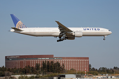 N2645U | Boeing 777-322/ER | United Airlines