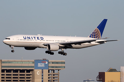 N227UA   Boeing 777-222/ER   United Airlines