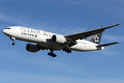 N76021   Boeing 777-224/ER   United Airlines