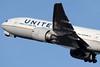 N77012 | Boeing 777-224/ER | United Airlines