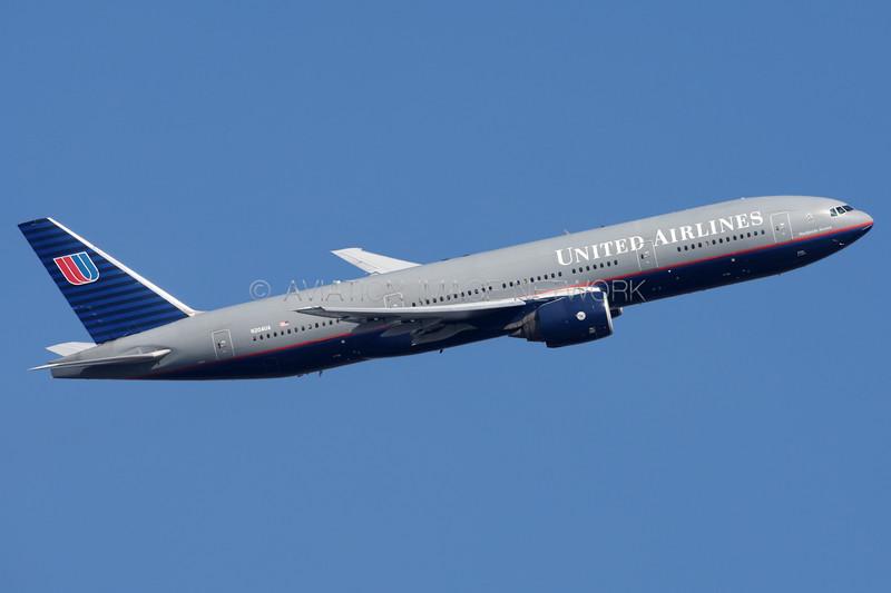 N204UA   Boeing 777-222/ER   United Airlines