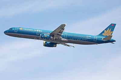 VN-A326 | Airbus A321-231 | Vietnam Airlines