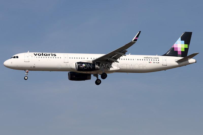 XA-VLW   Airbus A321-231   Volaris