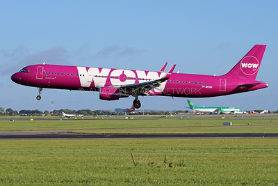 TF-MOM | Airbus A321-211 | WOW air