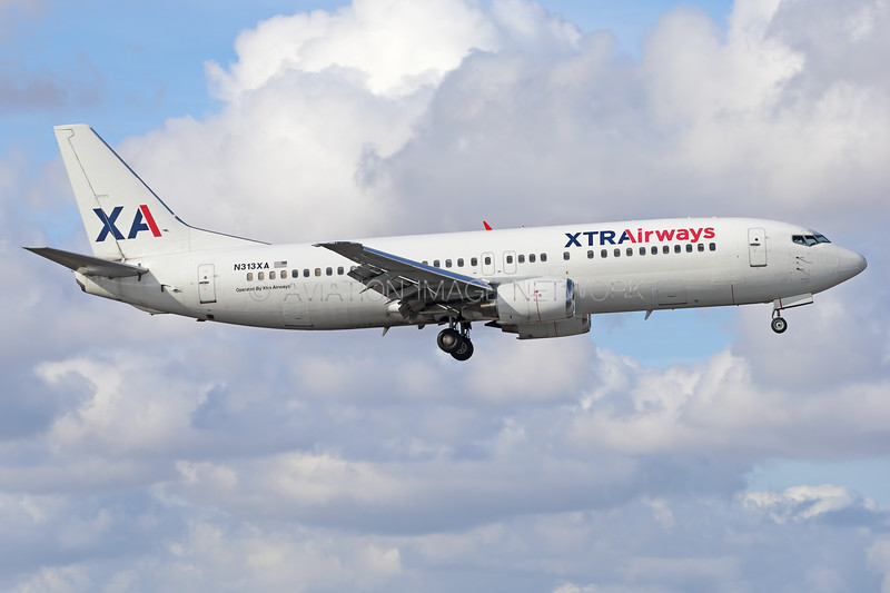 N313XA | Boeing 737-484 | Xtra Airways
