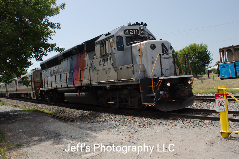 New Jersey Transit GP40PH-2B No. 4211
