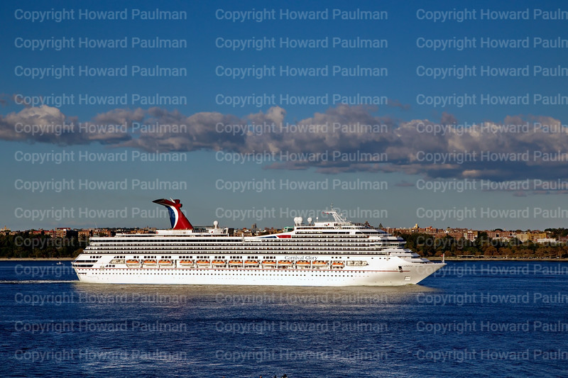 28Sept_2013_1526_Carnival_Glory_Leaves_New_York