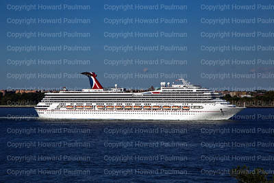 24August_2013_1366_Carnival_Glory_Leaves_New_York