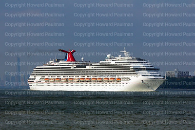31July_2014_706_Carnival_Splendor_Leaves_New_York