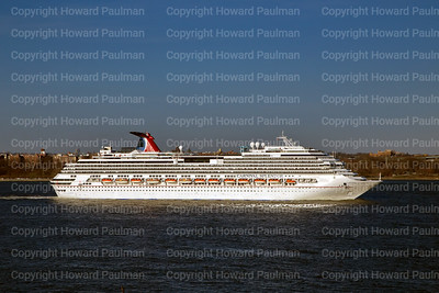10April_2014_314_Carnival_Splendor_Leaves_New_York