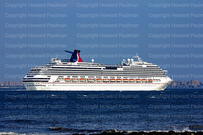 31July_2014_720_Carnival_Splendor_Leaves_New_York