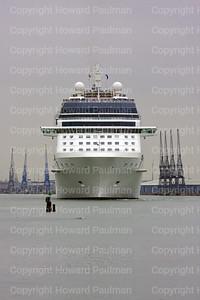2010June01_156_1654_Celebrity_Eclipse_Leaves_Southampton_UK