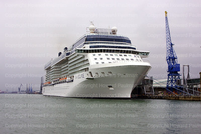 2010June01_142_1546_Celebrity_Eclipse_Southampton_UK