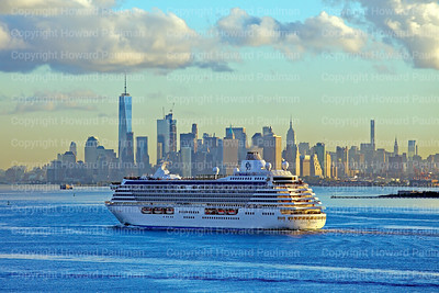 16_Sept_2016_766_Crystal_Serenity_Arrives_In_New_York