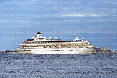20_May_2017_358_Crystal_Symphony_Leaves_New_York