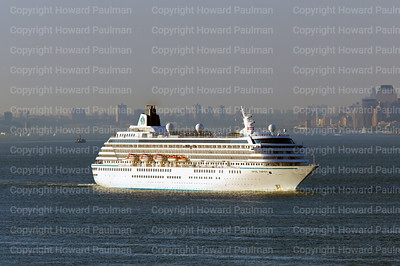 2June_2014_424_Crystal_Symphony_Leaves_New_York
