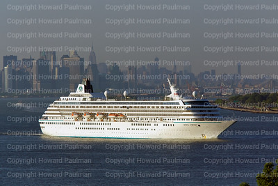 2June_2014_428_Crystal_Symphony_Leaves_New_York