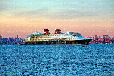 15_Oct_2016_1032_Disney_Magic_Leaves_New_York