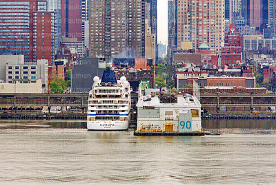 23_April_2016_288_MS_Europa_Arrives_In_New_York