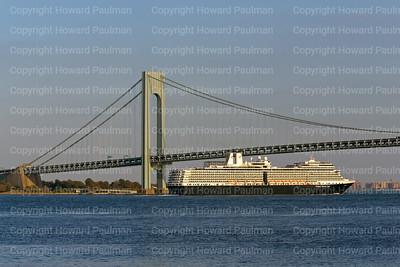 2October_2013_1592_Euordam_Leaves_New_York