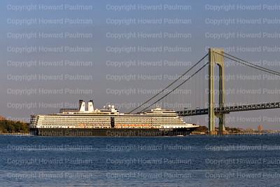 2October_2013_1590_Euordam_Leaves_New_York