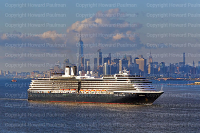 7_Sept_2016_726_MS_Zuiderdam_Leaves_New_York