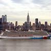 2Feb_2014_226_Norwegian_Breakaway_Leaving_New_York