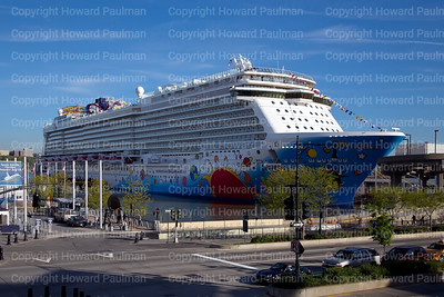 7May_2013_354_Norwegian_Breakaway_Maiden_Call_New_York