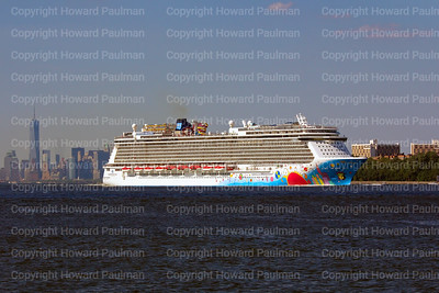 6July_2014_548 Norwegian_Breakaway_Leaves_New_York