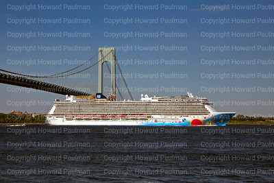 6July_2014_552_Norwegian_Breakaway_Leaves_New_York
