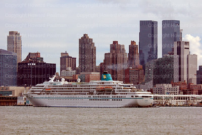 8_Sept_2014_1024_Amadea_Arrives_In_New_York