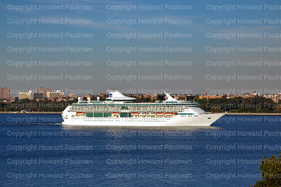 23_Sept_2014_1098_Legend_Of_The_Seas_Leaves_New_York_prt