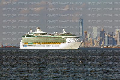19_Sept_2015_508_Liberty_Of_The_Seas_Leaves_New_York