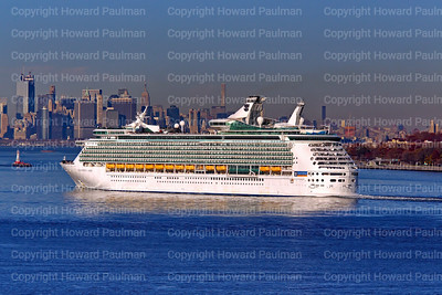 18_Nov_2016_1186_Navigator_Of_The_Seas_Arrives_In_New_York