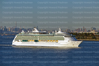 15_Sept_2015_492_Serenade_Of_The_Seas_Leaves_New_York