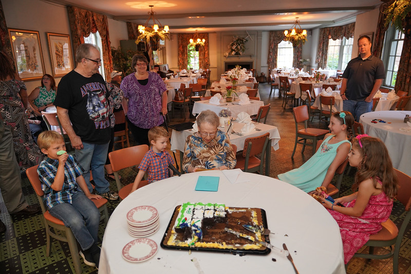 Grandma's 90th Birthday - 103.jpg
