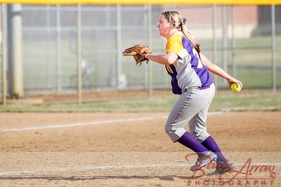 Softball vs Fairfield 20140417-0052