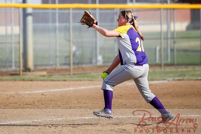 Softball vs Fairfield 20140417-0053