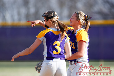 Softball vs Fairfield 20140417-0067