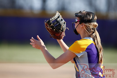 Softball vs Fairfield 20140417-0071