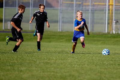AMS Soccer vs PH 20150930-0084