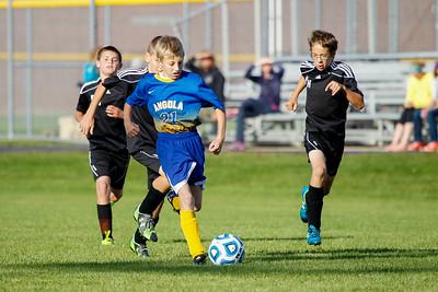 AMS Soccer vs PH 20150930-0096