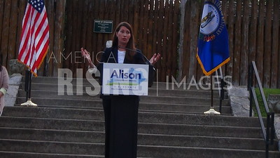 Alison Lundergan Grimes Bus Tour Day Five In KY
