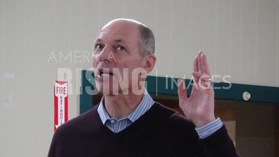 Michael Franken attends democratic meetup in Fort Dodge, IA