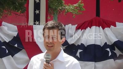 Pete Buttigieg Attends Campaign Event in Fairfield, IA